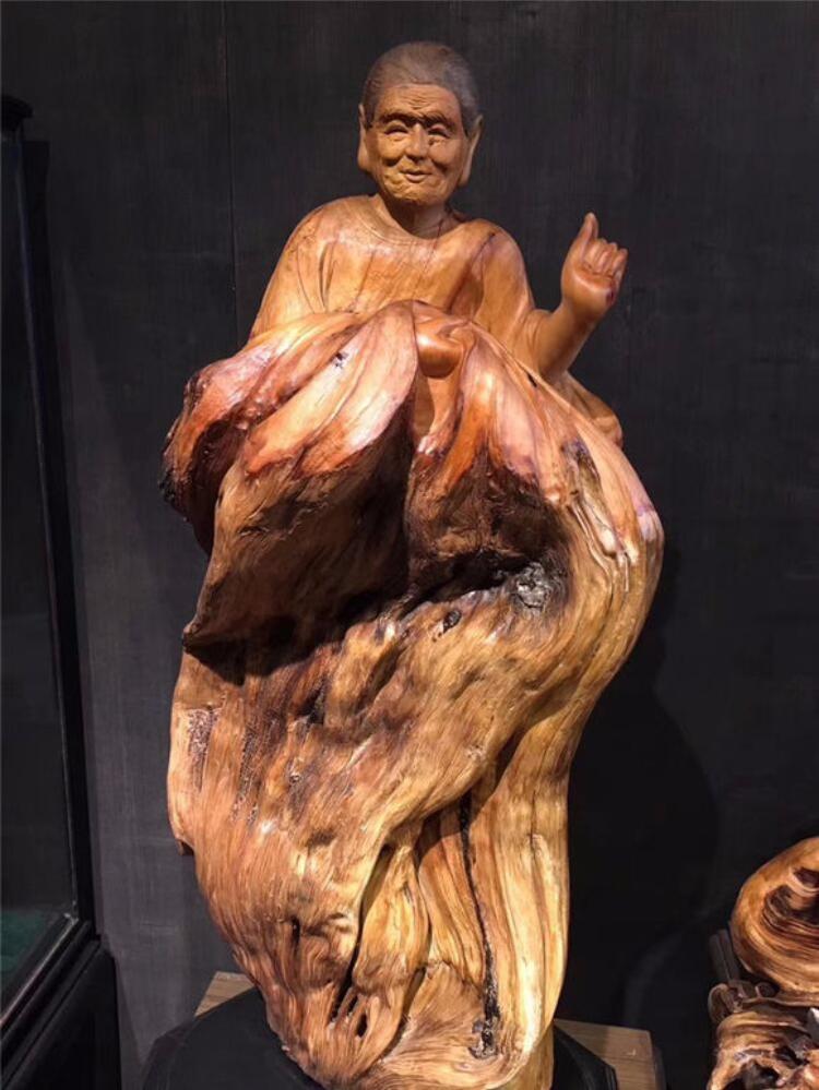 根雕作品:慈母手中线