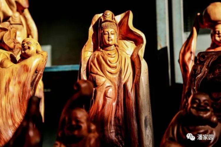 园子里的中国传统艺术——根雕!