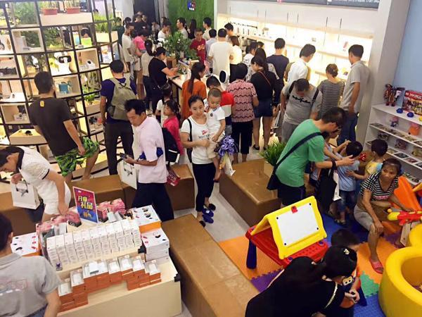 京东宣布年内要建300家3C零售体验店:与线上实时同价