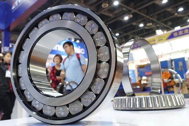 中国至今仍未攻克的尖端装备:高端轴承,德日用十倍高价卖给中国