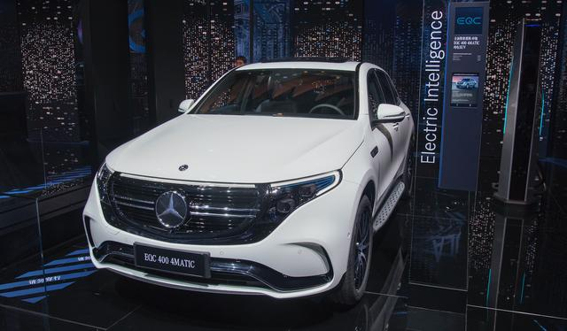 奔驰在华召回近67万辆车,国产占95%,因减配降成本质量问题频发